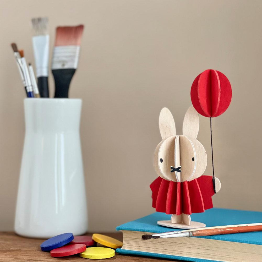 Miffy & Balloon by Lovi, paint yourself