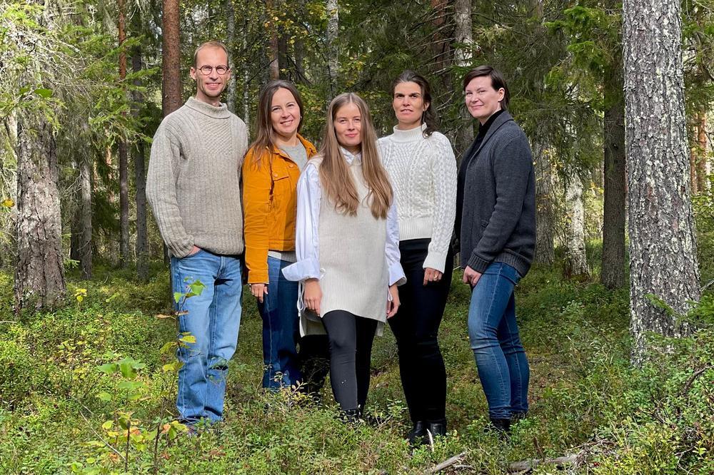 Made by us! Meet the Lovi Team